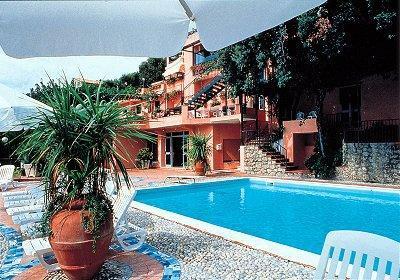 Alberghi di maratea acquafredda hotel in provincia di for Acquafredda salon