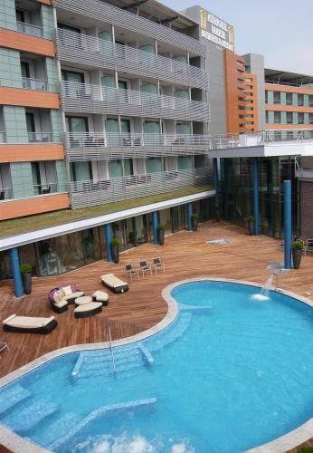 Alberghi per sportivi a varese hotel con palestra piscina e attrezzature - Palestra con piscina ...