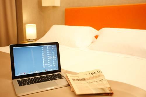 Hotel best western hotel milton milano a milano provincia for Milton milano
