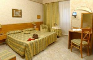 Hotel hotel dei mille a roma provincia di roma for Hotel mille rose roma