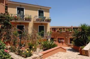 Hotel i giardini di cala ginepro hotel resort a cala - I giardini di cala ginepro hotel resort ...