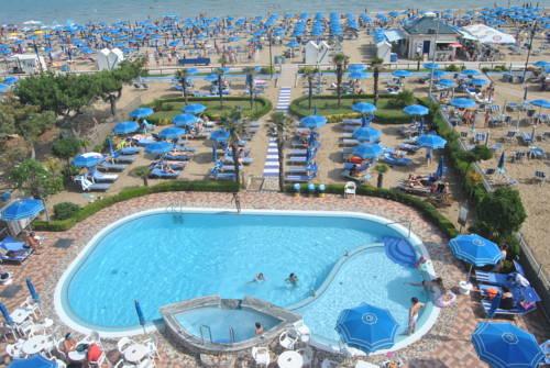 Alberghi per sportivi a lido di jesolo hotel con palestra - Hotel con piscina jesolo ...