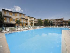 Hotel appartamenti san carlo a costermano provincia di verona - Piscina san carlo milano ...