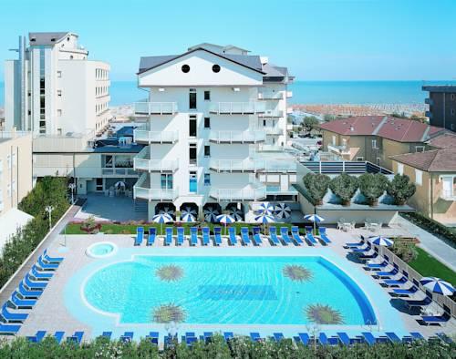 Hotel universal hotel a cervia provincia di ravenna - Hotel con piscina cervia ...