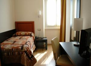Hotel hotel aurora a pavia provincia di pavia for Hotel aurora milano