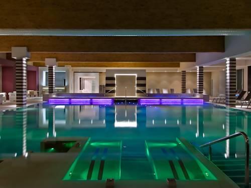 Alberghi per sportivi a abano terme hotel con palestra - Alberghi saturnia con piscina termale ...