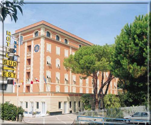 Hotel hotel sud est a lavagna provincia di genova for Appart hotel sud est