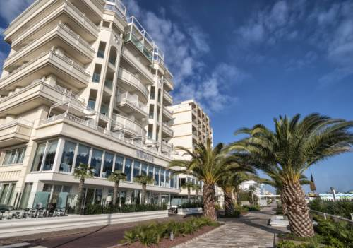 Hotel RICCIONE, hotels and apartments instantly bookable in RICCIONE ...